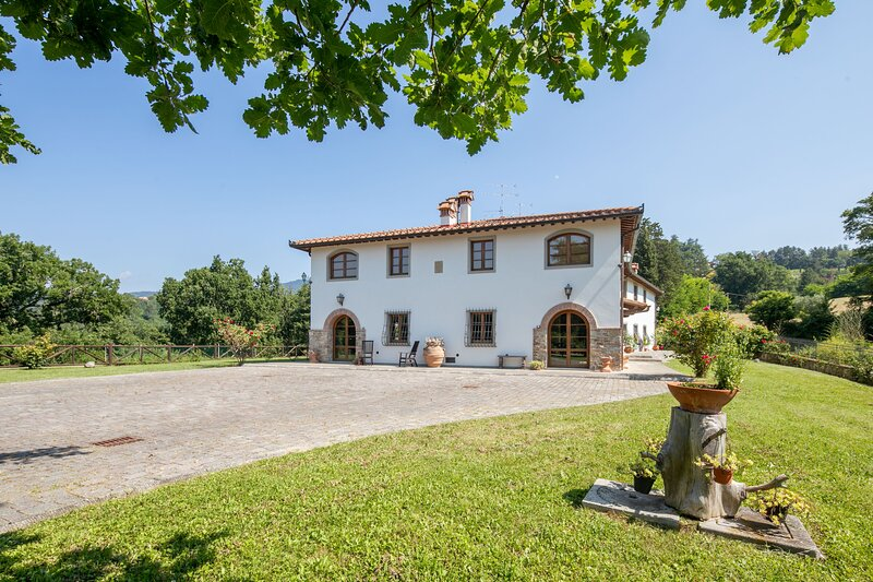 Villa Scarperia, alquiler vacacional en Le Case di Risolaia
