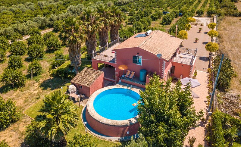 Villa Stella D'Oriente - Floridia, holiday rental in Floridia