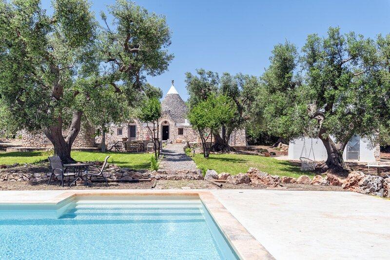 Villa Trulli Cleopatra, holiday rental in Ceglie Messapico