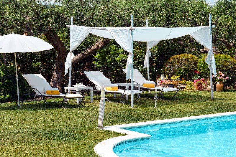 Trulli Delle Grotte, holiday rental in Scamardella