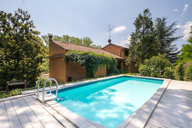 Villa La Bruscola, holiday rental in Barberino Di Mugello