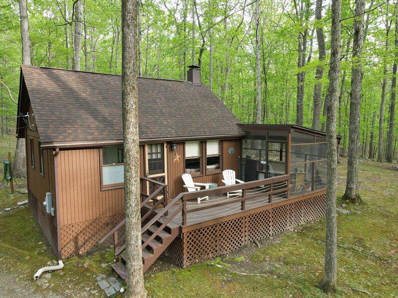 River Walk Cottage – semesterbostad i Slanesville