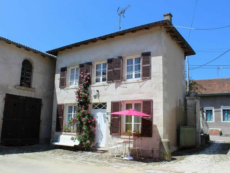 Petit Gîte du Château, location de vacances à Colombey-les-Belles