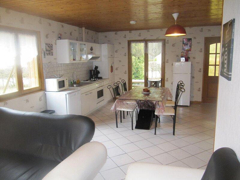 CHALET de la CROIX des OISEAUX, holiday rental in Liezey