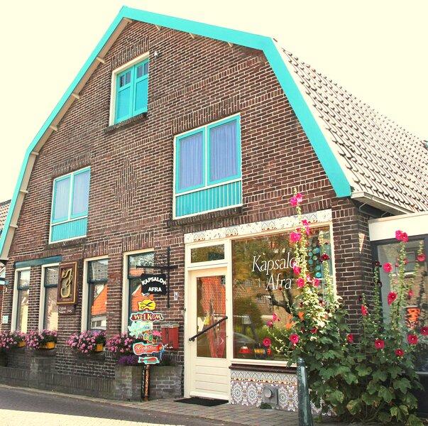 Family appartement near the ocean, dunes and town, casa vacanza a Egmond-Binnen