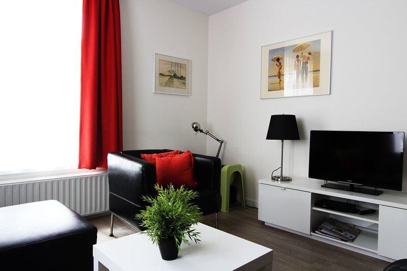 Stunning 2-Bed Apartment in Egmond aan Zee, casa vacanza a Egmond-Binnen