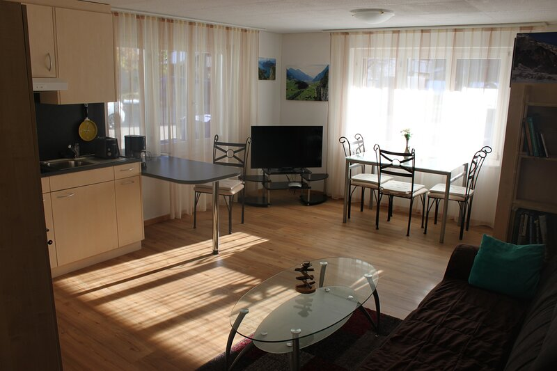 Casa Mila, holiday rental in Alpthal
