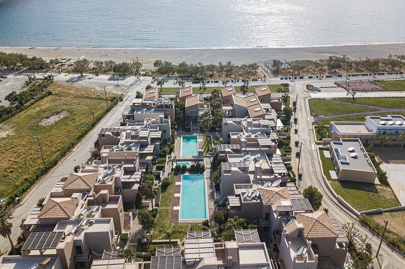 A & C Home 1: 2 Bedroom Apt. 100m from Plakias Beach, near tavernas & amenities, holiday rental in Mariou