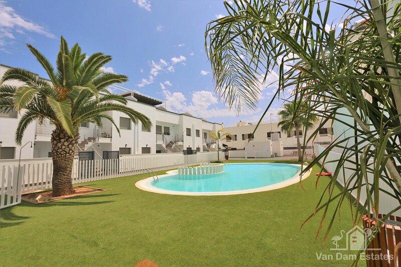 VDE-138 Apartment with park view close to beach, bars & restaurants in Torre, aluguéis de temporada em Romero