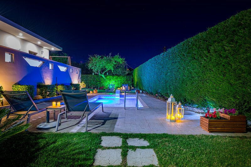 Vatia Villas Villa 1 - Two Bedroom Villa with Private Pool, aluguéis de temporada em Tragaki