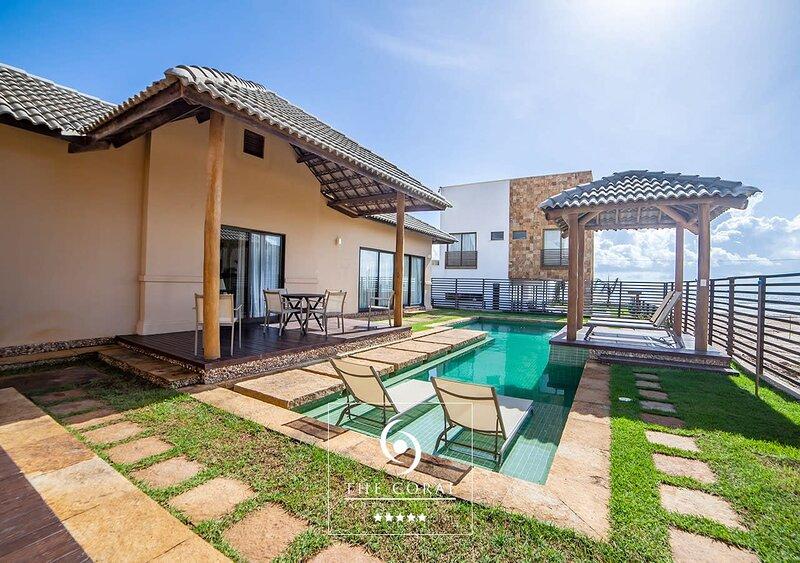 Amazing Beach House - CEA016, holiday rental in Flecheiras