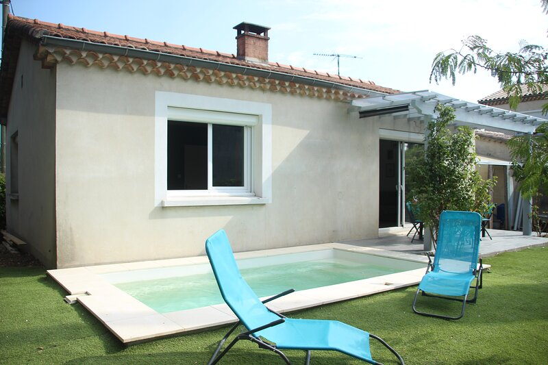maison 4 personnes avec piscine en Drôme provençale, location de vacances à Saint-Gervais-sur-Roubion