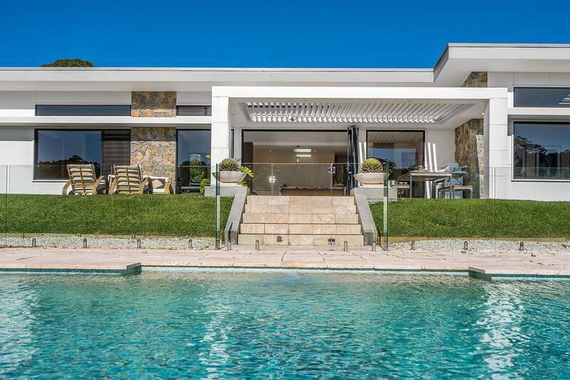 Your Luxury Escape - La Reserve, holiday rental in Brooklet