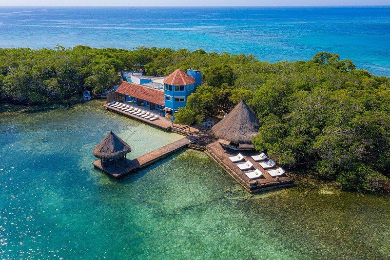 Car076 - Beautiful 5 bedroom villa in Islas del Rosario, location de vacances à Isla Grande