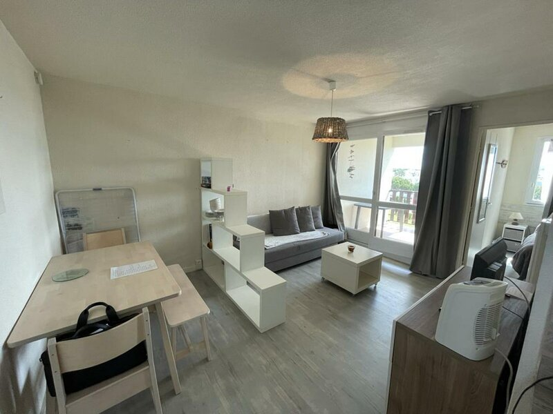 DEUX PIECES PROCHE PONTAILLAC, vacation rental in Pontaillac