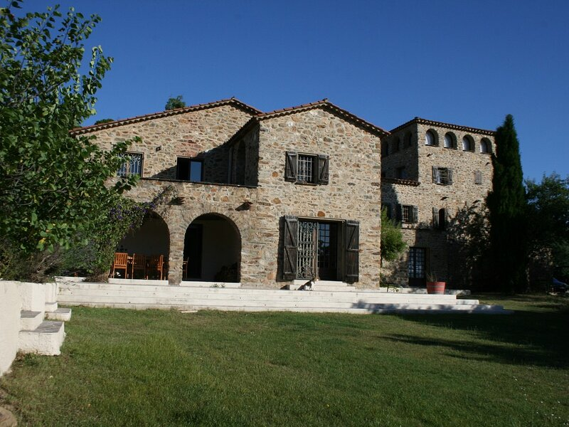 Castelnou Apartment Sleeps 2 with Pool Air Con and WiFi - 5892463, vacation rental in Castelnou