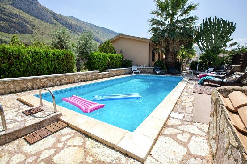 Villa Giuliana, location de vacances à Case Di Girolamo