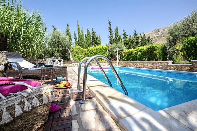 Villa Chloe, location de vacances à Case Di Girolamo