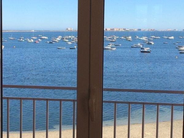 Piso en primera línea con vistas fantásticas al Mar Menor, holiday rental in Los Cuarteros