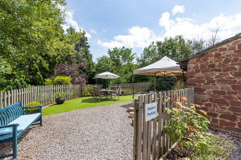 Parish Mill Cottage with hot tub on request dog friendly - Forest of Dean, vacation rental in Ruardean