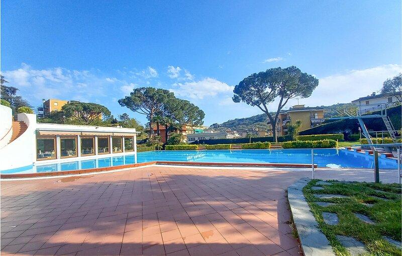 Beautiful apartment in Rapallo with  (ILL818), casa vacanza a Rapallo