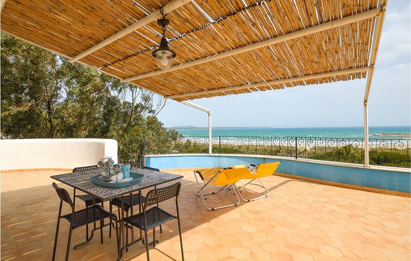 Nice apartment in Porto Palo with WiFi and 2 Bedrooms (ISR391), holiday rental in Porto Palo