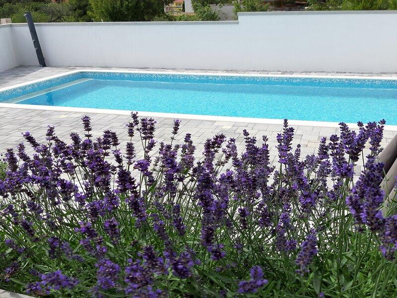 Apartments Grandevista-with swimmingpool, casa vacanza a Seline