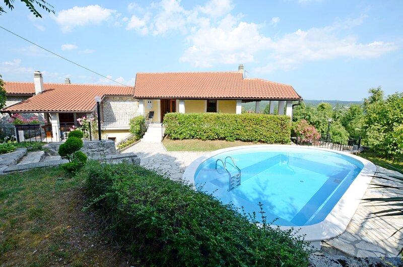 House Brgud, location de vacances à Podgrad