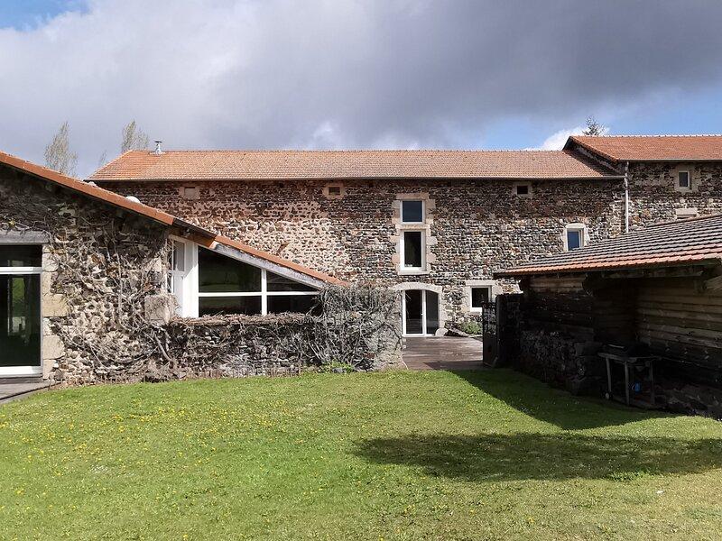 La pause de Vacherolles, holiday rental in Saint-Julien-d'Ance