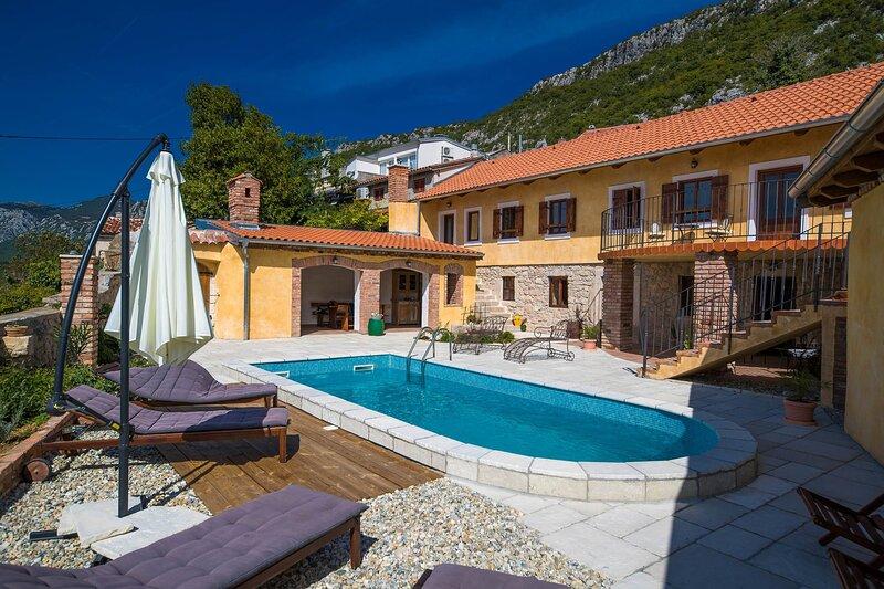 Villa Villa Natalia, holiday rental in Grizane-Belgrad
