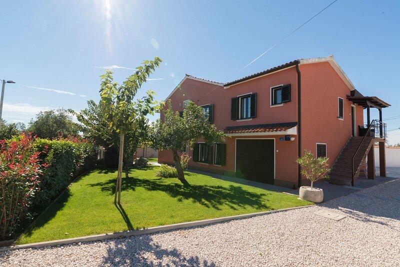 Villa ROSA, holiday rental in Kanegra