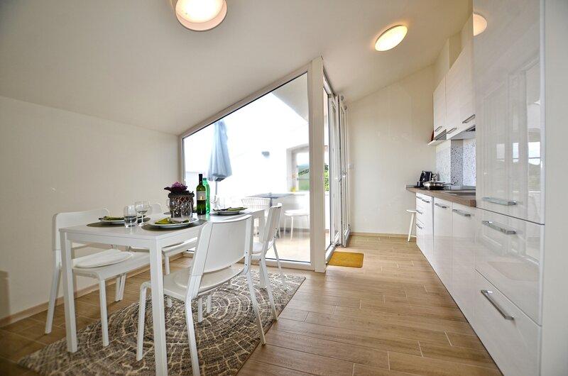 Juraga Apartment, casa vacanza a Golas