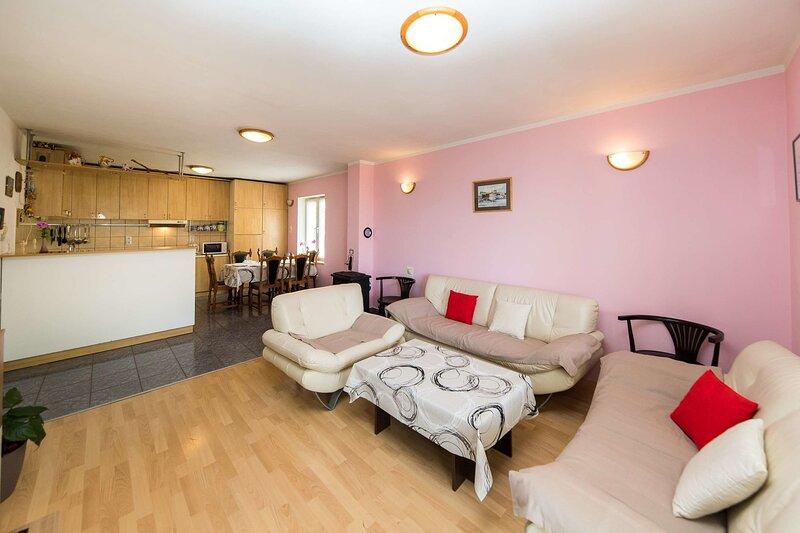 Apartment Malt, holiday rental in Grizane-Belgrad