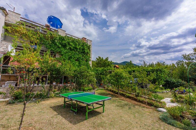 Apartments Ledy, casa vacanza a Donji Zagon