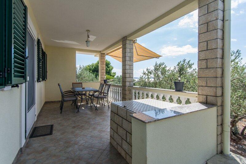 House Motar, holiday rental in Banj