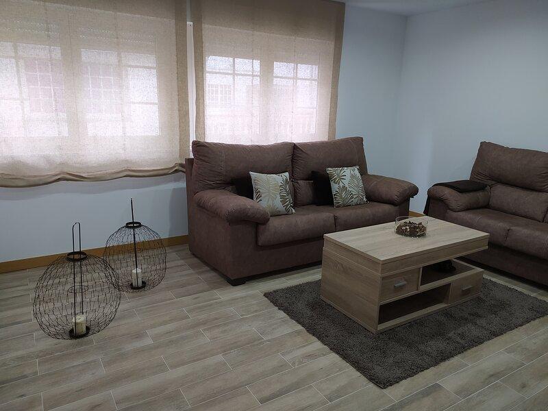 Se alquila piso por semanas o quincenas en pleno centro de Cambados, vacation rental in Cambados