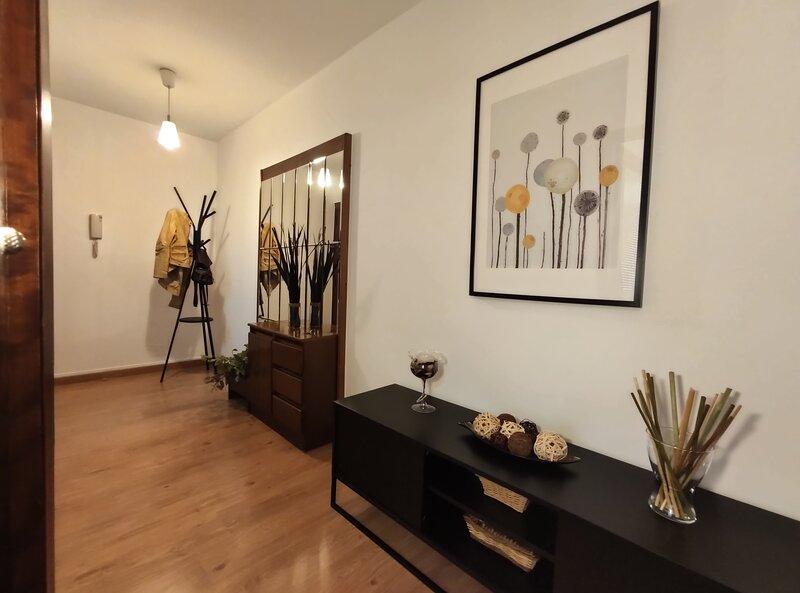 Apartamento de 3 habitaciones en A Coruña, holiday rental in San Lorenzo
