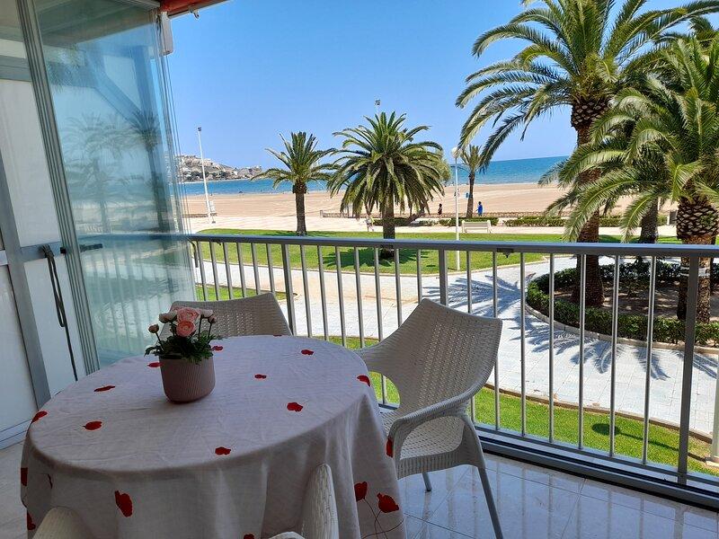 1ª Linea de Playa, con plaza de garaje, casa vacanza a Corbera