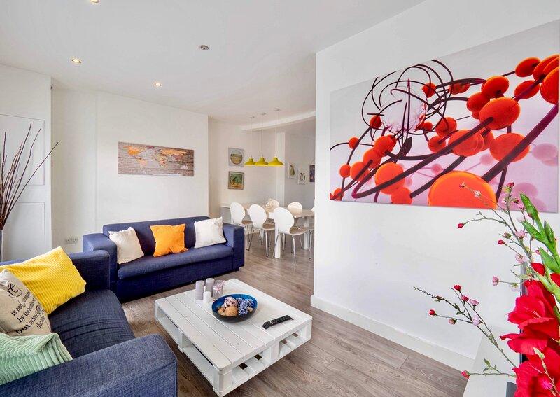 Beautiful Flat in London-Mins To Central London, aluguéis de temporada em Londres