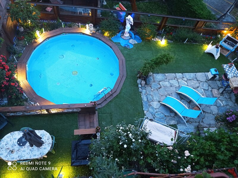 Nice apartment with shared pool, holiday rental in Fontainemore