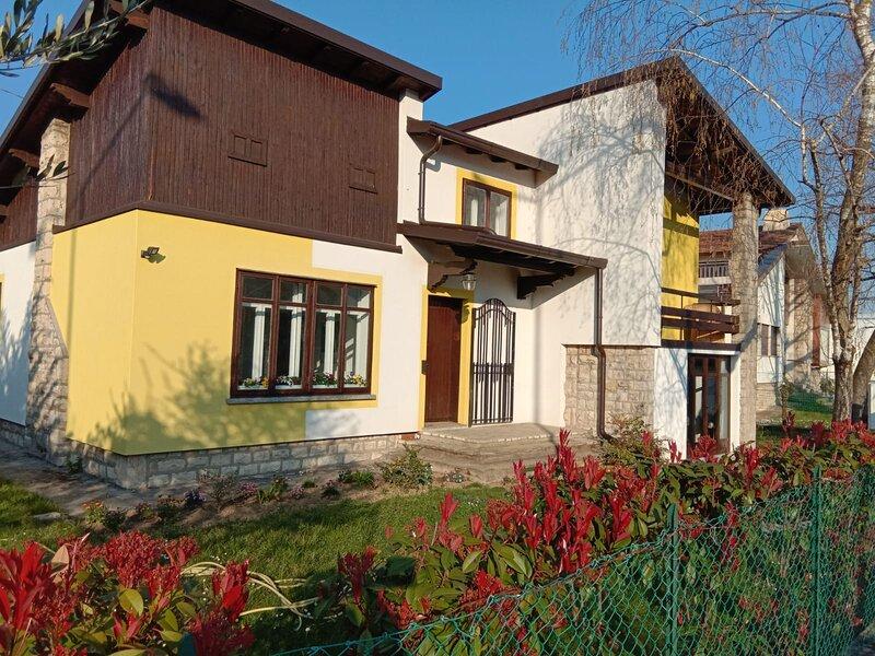 Villa Lim Bergamo, casa vacanza a Aviatico