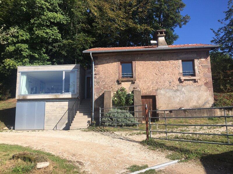 Ferienhaus in ländlicher Idylle und Ruhe in der Region Mille Etangs, holiday rental in Luxeuil-les-Bains