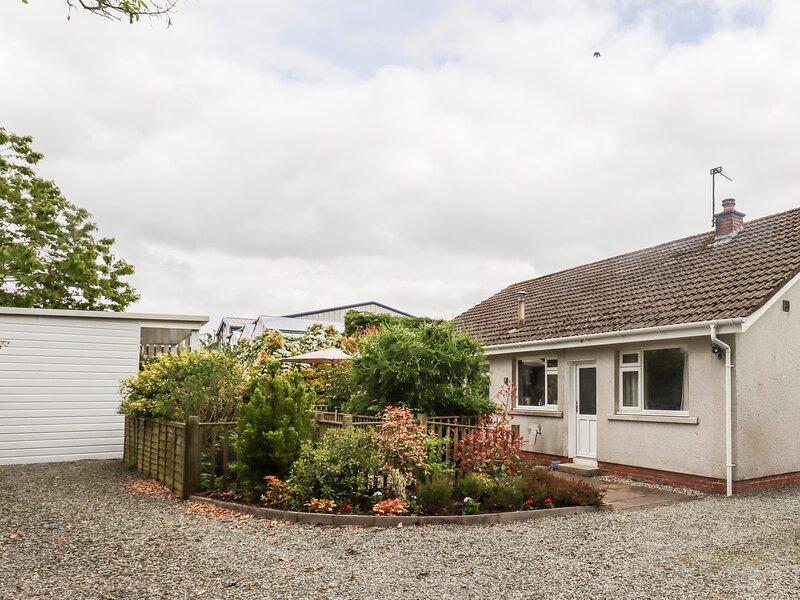 VALDHEIM, pet friendly, conservatory, near Dumfries, holiday rental in Lockerbie