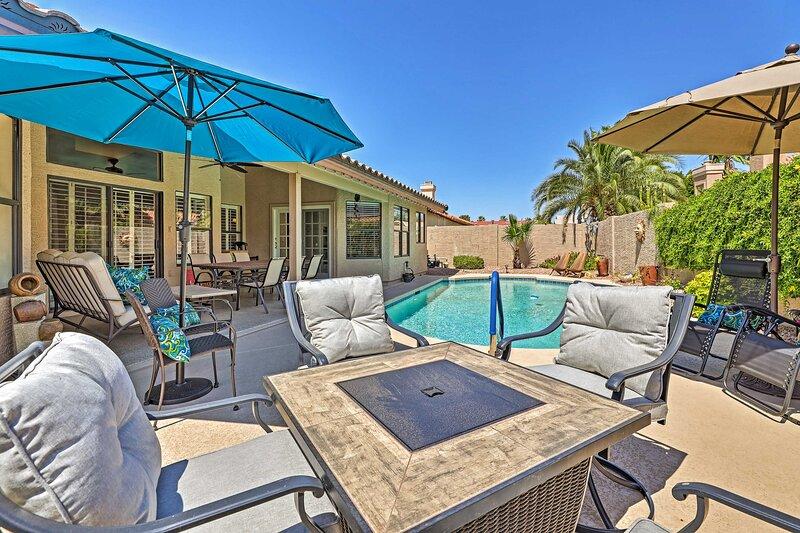 NEW! Inviting Glendale Getaway w/ Private Patio!, alquiler vacacional en Sun City