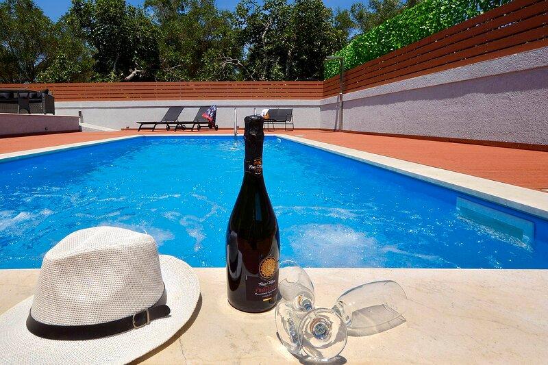 Villa Bratou *Ventus*, holiday rental in Agios Ioannis Peristeron