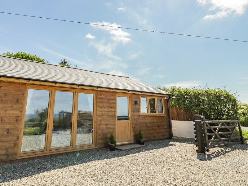 FAIRFIELD, Clee Hill, holiday rental in Cleedownton