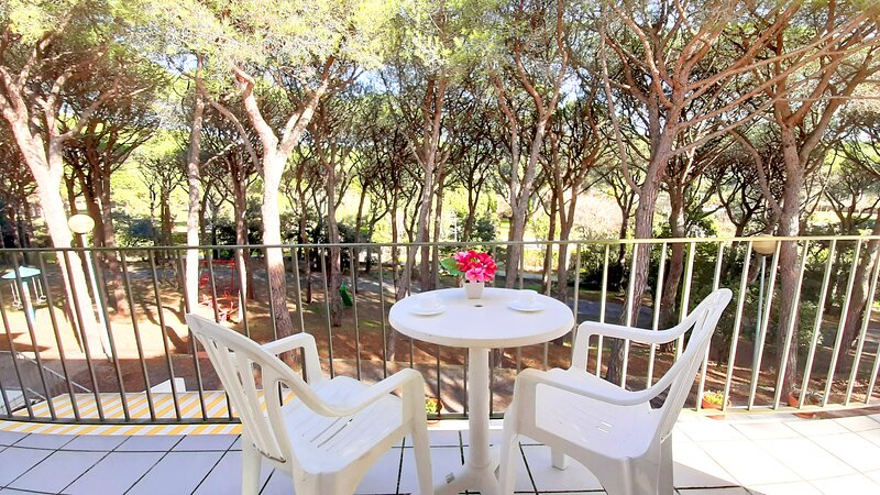 Calella de Palafrugell Apartment Sleeps 5 with WiFi - 5223637, holiday rental in Mont-ras
