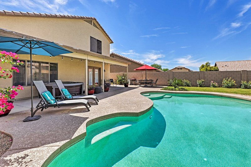 Spacious Phoenix-Area Escape w/ Pool & Hot Tub, holiday rental in Litchfield Park