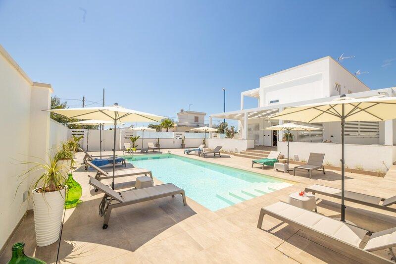 Appartamento Malika Giallo, holiday rental in Torre Suda