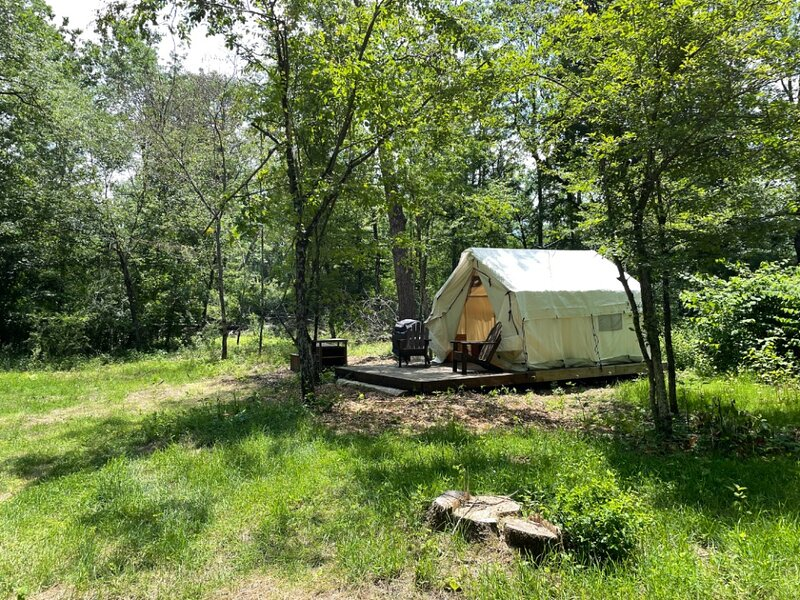 Tentrr Signature Site - Wallenpaupack Creek Camp 3, vacation rental in South Sterling